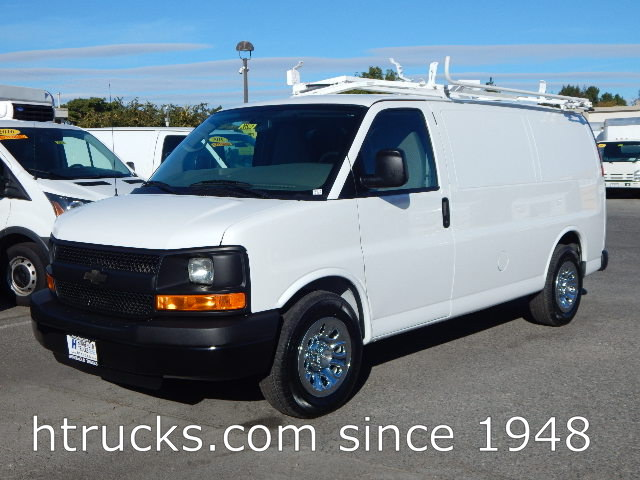 2014 Chev 1500 Express Cargo Van - ROOF RACK & BINS