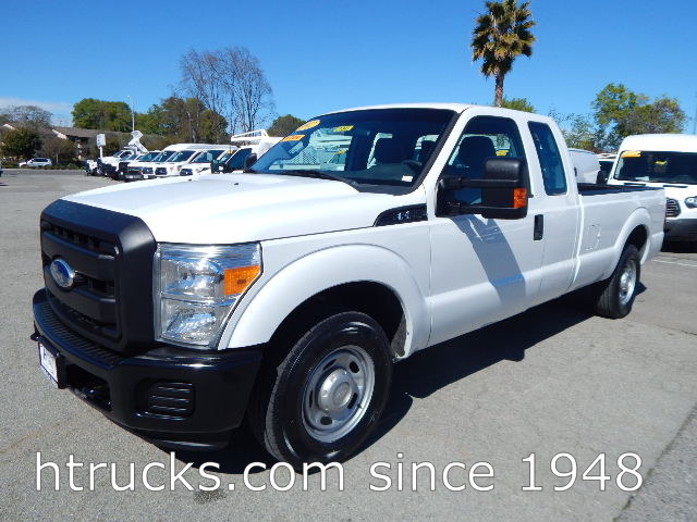 2012 Ford F250 8' Long Bed SUPER CAB Pickup