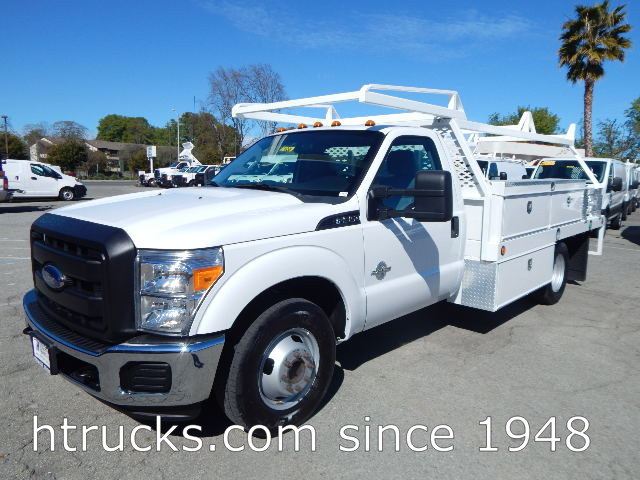 2015 Ford F350 12' Contractor's Flatbed with RACK - DIESEL