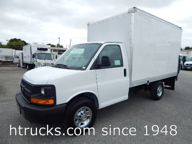 2014 Chev 3500 12' Parcel Van on Single Rear Wheels with LIFTGATE